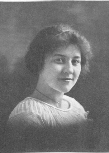 Hazel Strayer, 1914