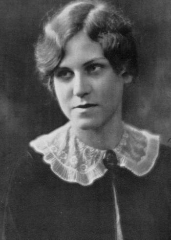 Jana Burkholder Pettit, 1928