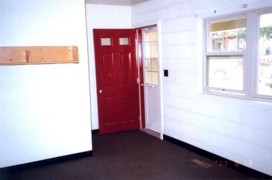 College Courts interiors