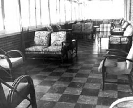 Bartlett Hall sun room
