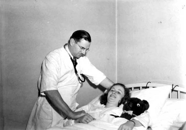 Dr. Max Durfee and student
