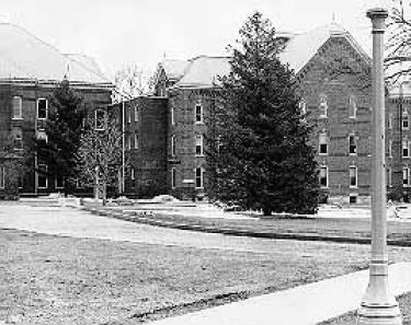 Old Gilchrist Hall