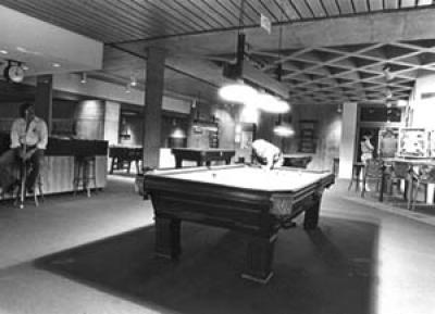 Maucker billiards and pinball