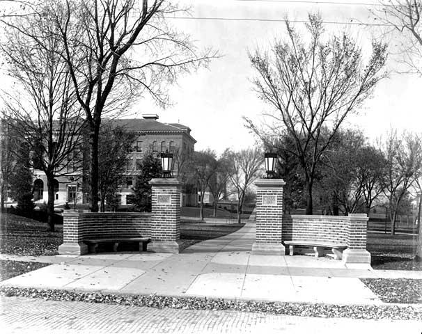 Class of 1912 gateway