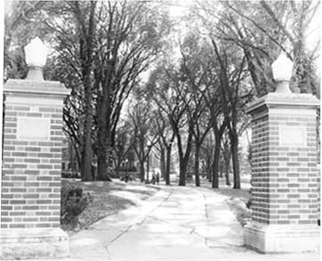 Campanile gateway