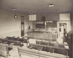 Chemistry classroom, 1908.