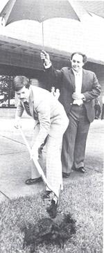 Governor Branstad groundbreaking
