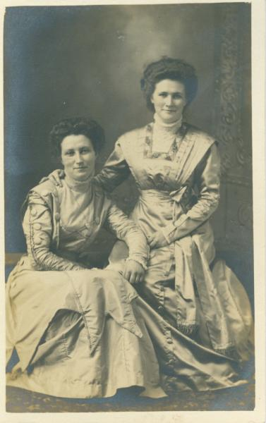 Lillian and Agness Faint, June 1909.